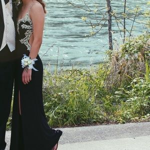 Dresses & Skirts - Long navy & gold prom dress - fits size 1 and 2